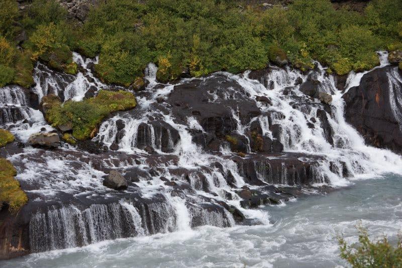 5 - Hraunfossar Cascade islandaise