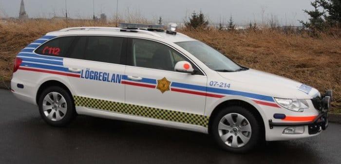 Voiture de la police Islande
