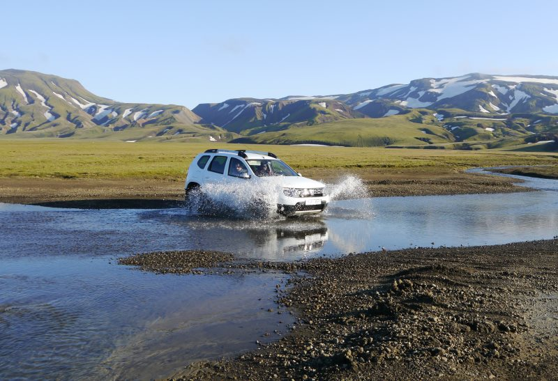location de voiture en islande : louer une auto dans ce pays