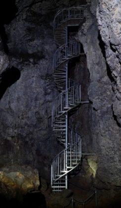 Tunnel lave de Vatnshellir