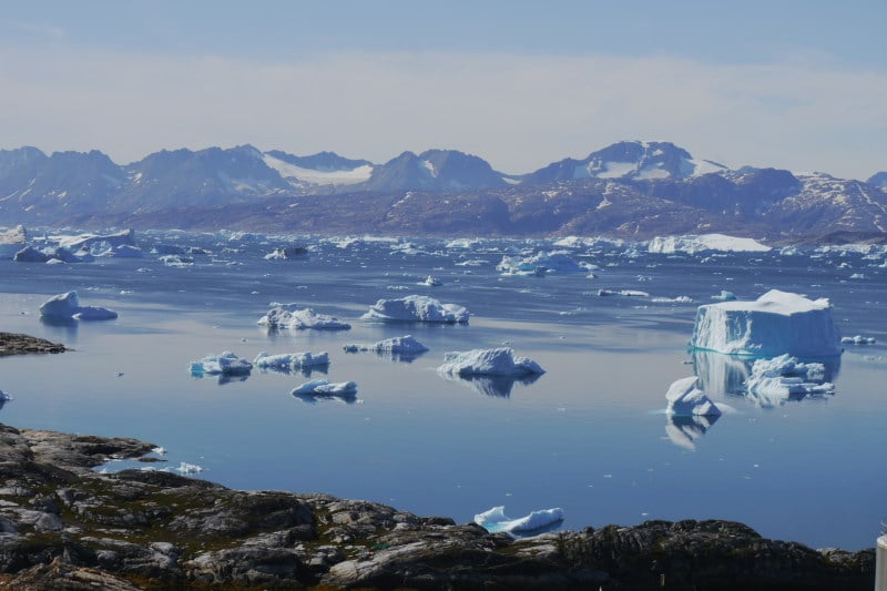Tineteqilaaq et vue sur le fjord de Sermilik