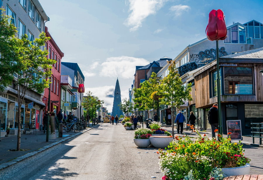 Vivre dans une ville islandaise à taille humaine est un des critères majeurs des candidats à l'expatriation.