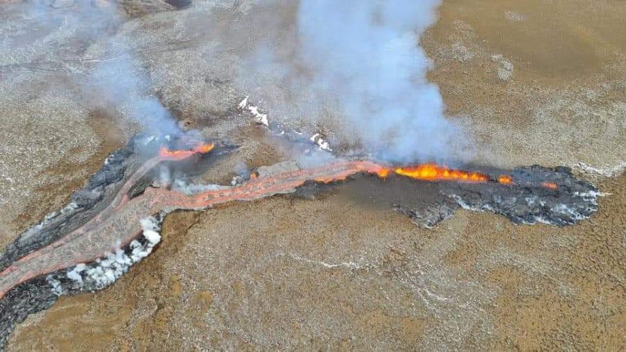 Faille éruptive de l'éruption volcanique